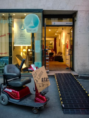 tourist services, disable, Paris, France